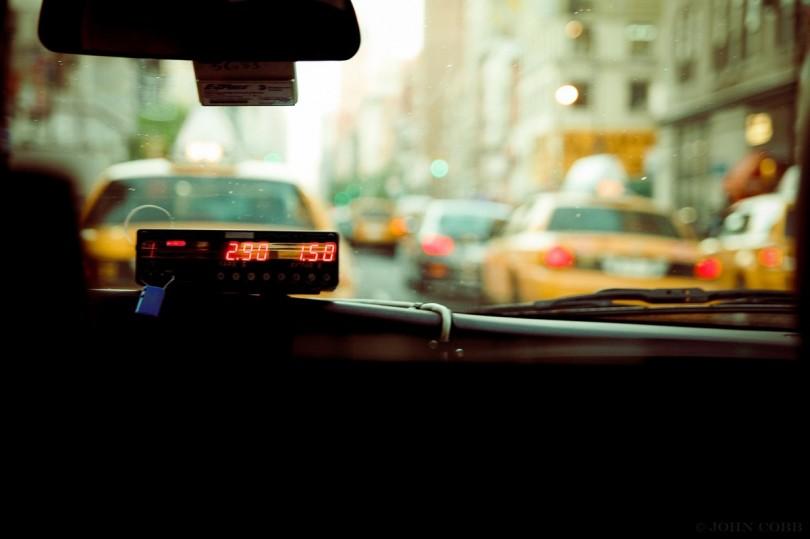 diff rences taxis vs uber point de vue d 39 une femme. Black Bedroom Furniture Sets. Home Design Ideas