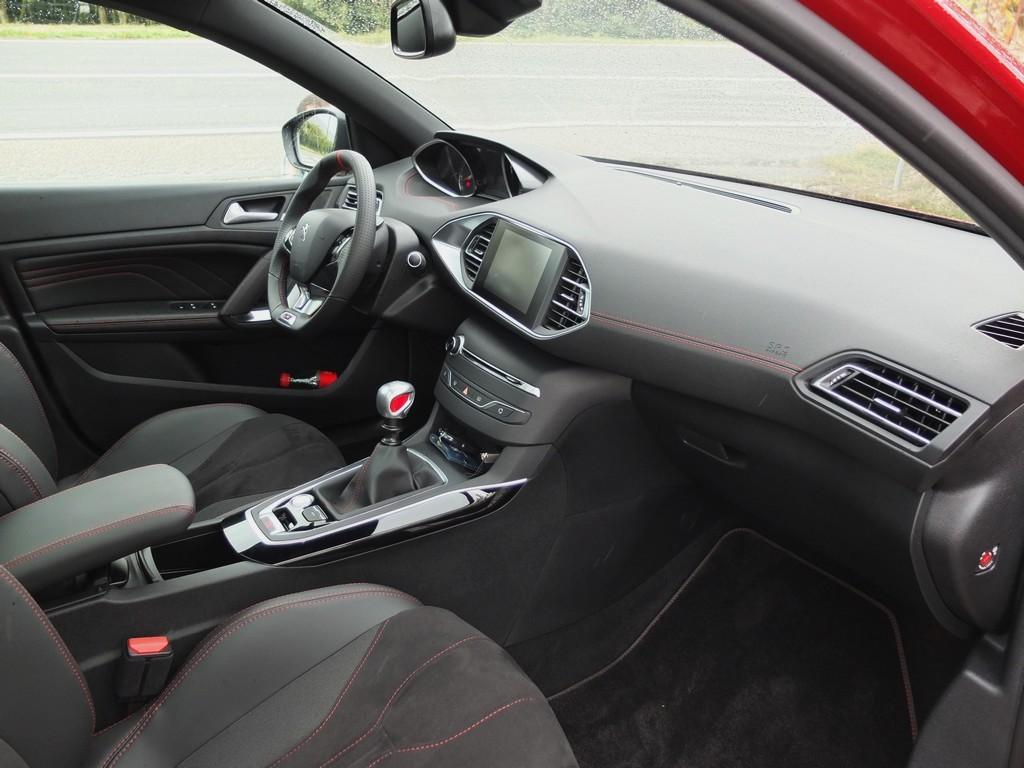 J'aime les bonnes surprises et la Peugeot 308 GTi en est une …