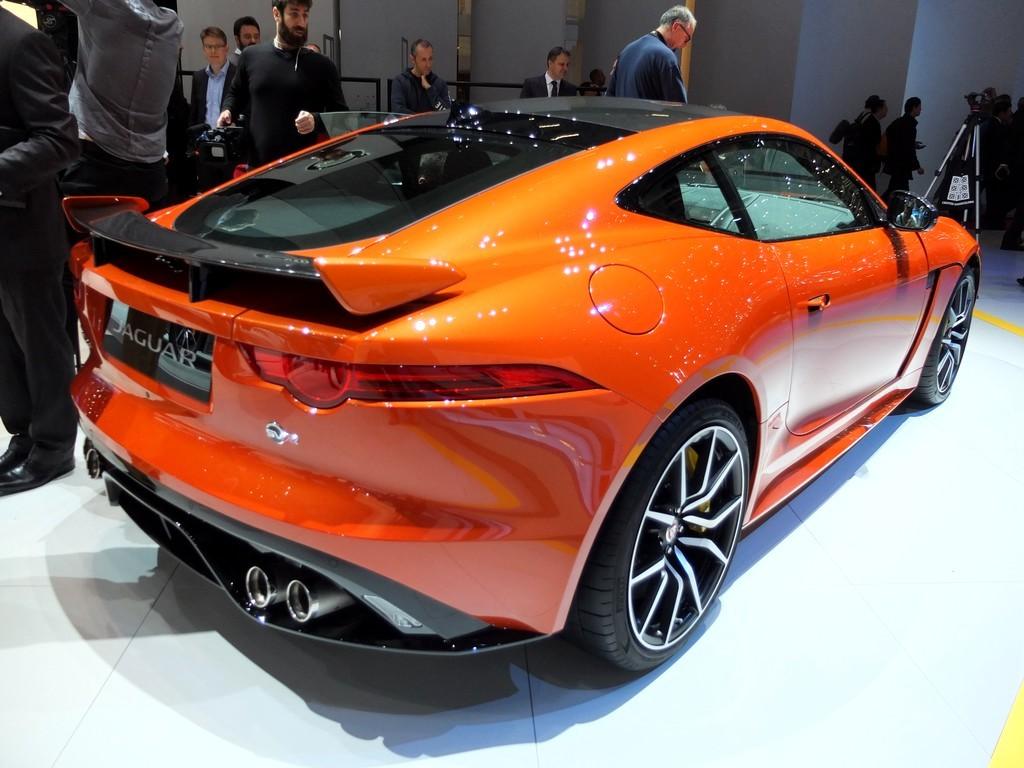 jaguar_f-type-svr2