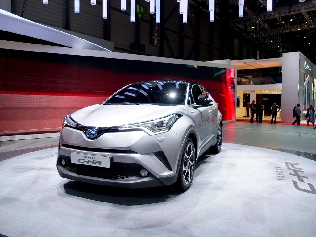 Toyota C-HR (salon de geneve 2016)