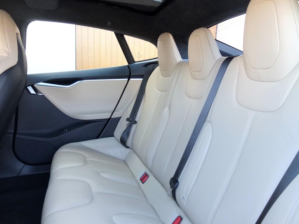 Essai Tesla Model S : 2000 km / 4 jours, un peu de stress et ...