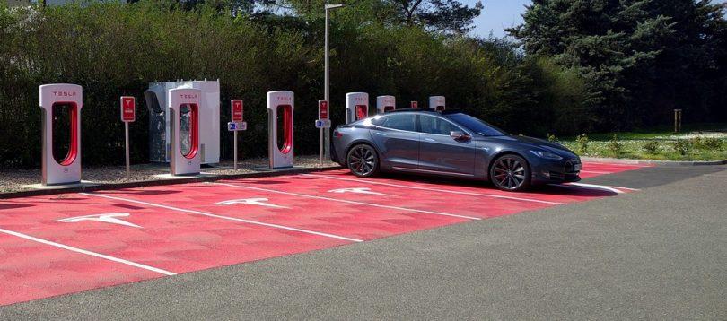 Tesla superchargeur sausheim