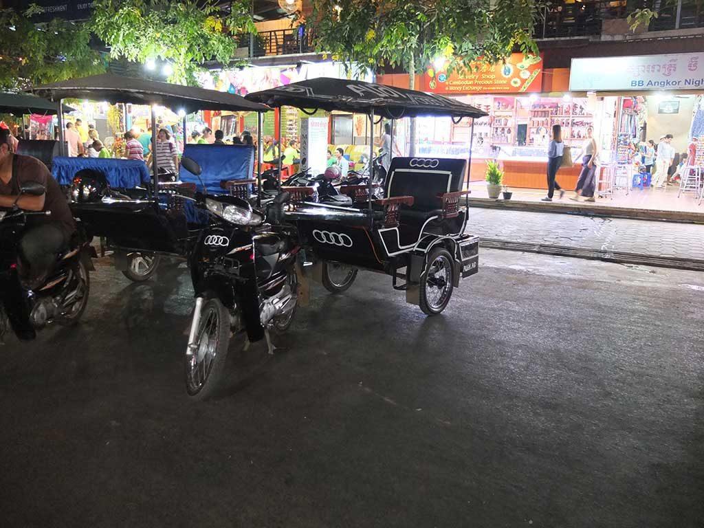 Tuk Tuk originaux à Siem Reap (cambodge)