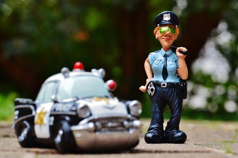 controle police routier - fin des assistants d'aide à la conduite