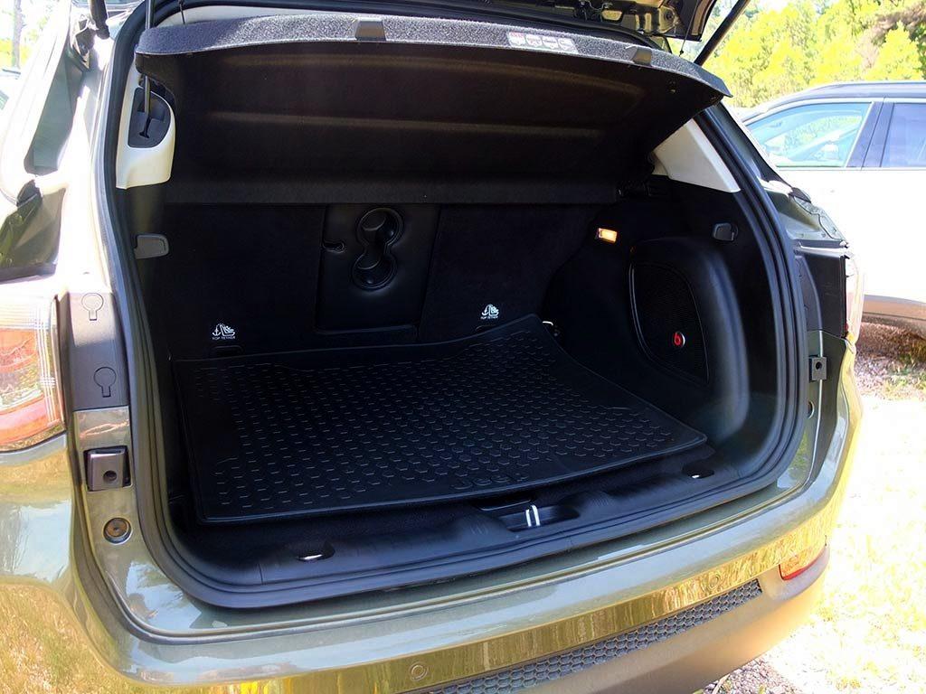 Si on testait le nouveau Jeep Compass sur route et off-road | Miss 280ch