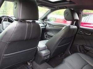 Honda Civic 5 portes 2017 - intérieur