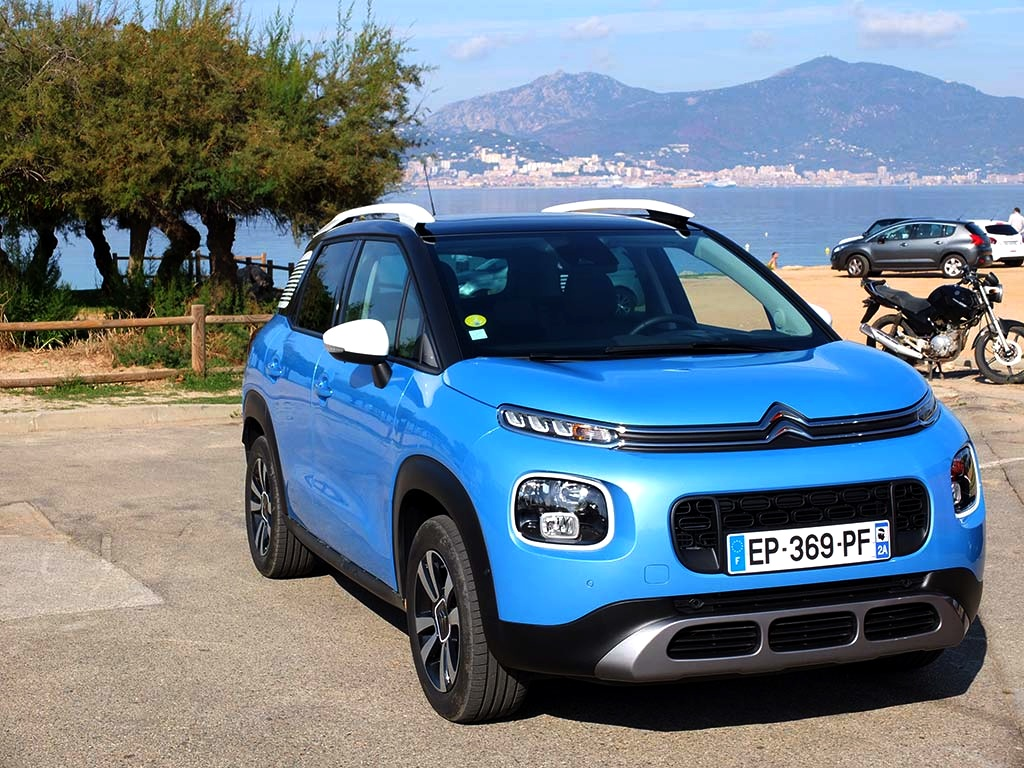 citroen c3 aircross mise t il tout sur son look miss 280ch. Black Bedroom Furniture Sets. Home Design Ideas
