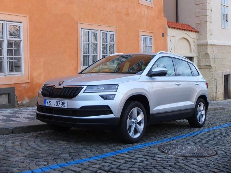 skoda karoq bon rapport qualit prix pour ce suv compact miss 280ch. Black Bedroom Furniture Sets. Home Design Ideas