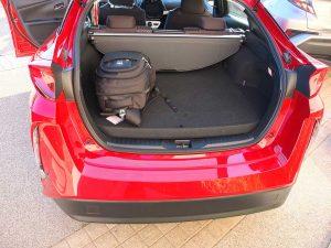 Toyota Prius PHV coffre