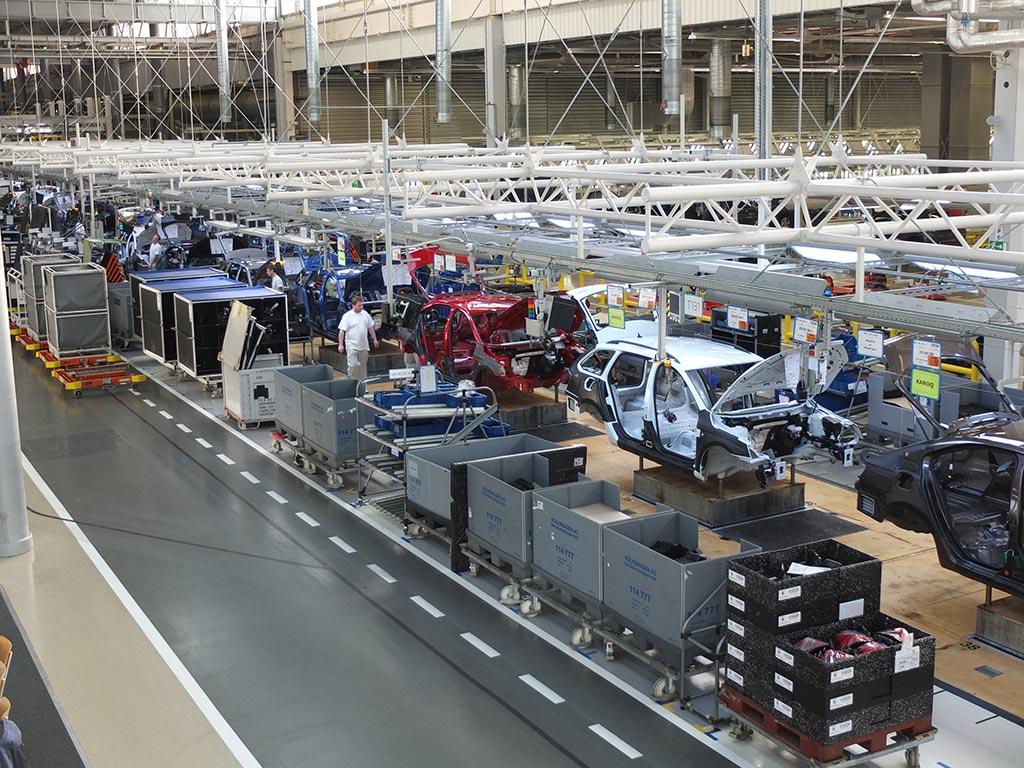 La guerre des puces : une nouvelle épine dans le pied de la production automobile