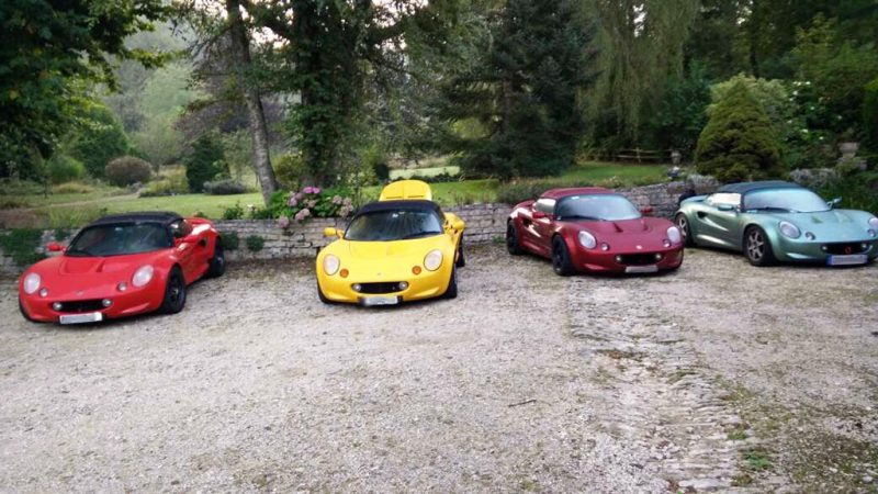 lotus elise en groupe