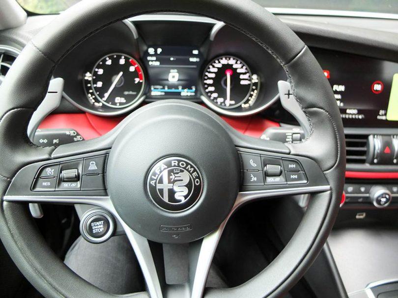 Alfa Romeo Giulia Veloce - intérieur