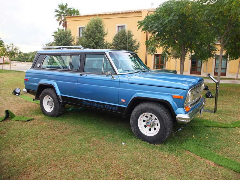 Ancien Jeep Cherokee Levi Edition 1978