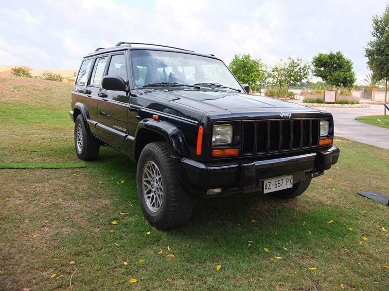Ancien Jeep Cherokee XJ - 1998