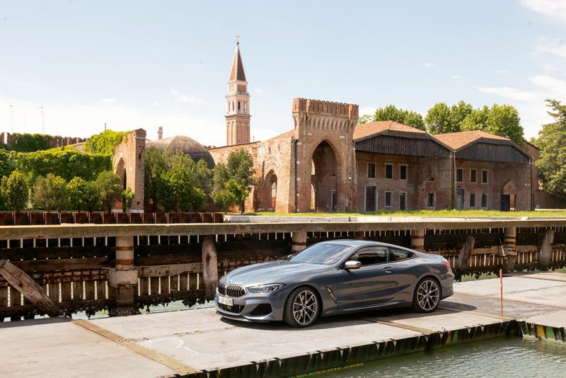 "Publicité BMW ""The 8"" à Venise"