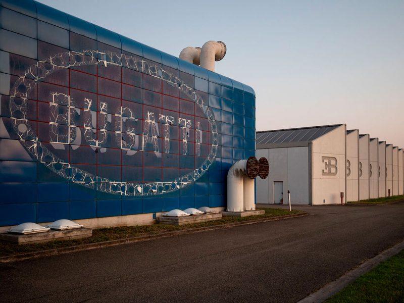 bugatti ancienne usine italienne