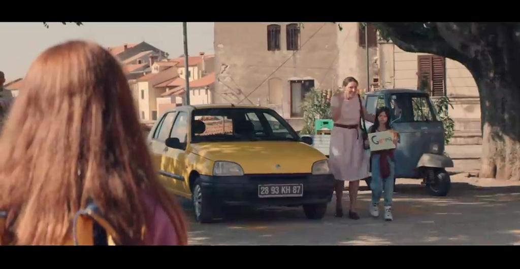 Renault frappe fort avec sa pub Clio au Royaume-Uni