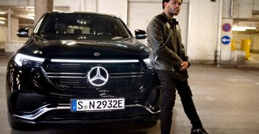 pub mercedes eqc the weeknd