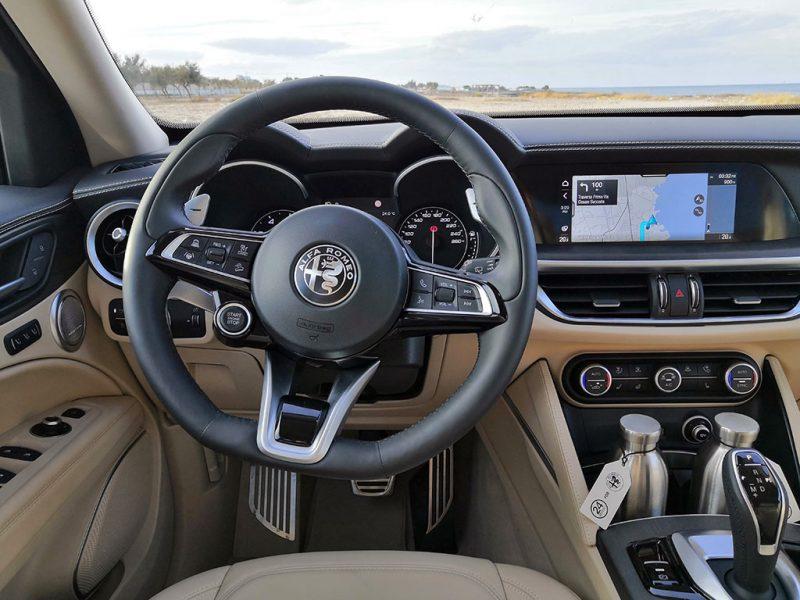 Alfa Romeo Stelvio MY20 - intérieur