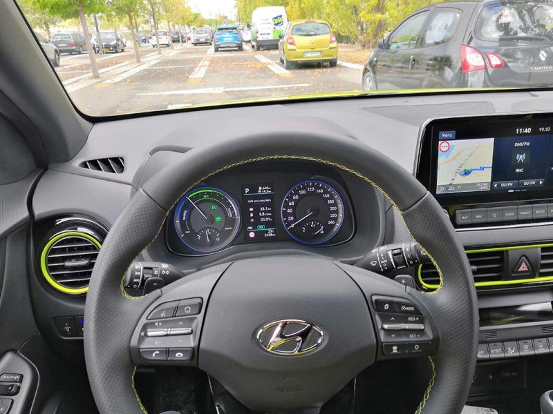 Hyundai KONA hybrid intérieur