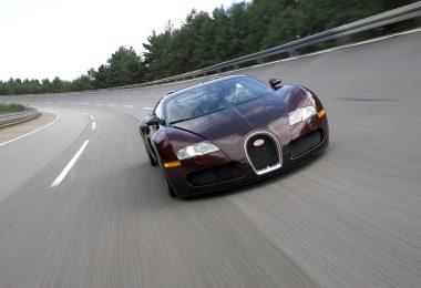 Bugatti Veyron 16.4 407 km/h