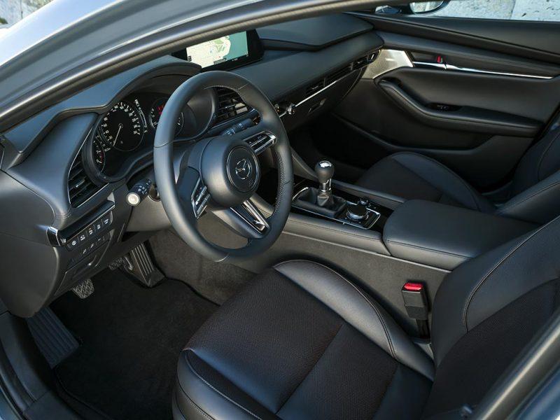 Mazda 3 intérieur