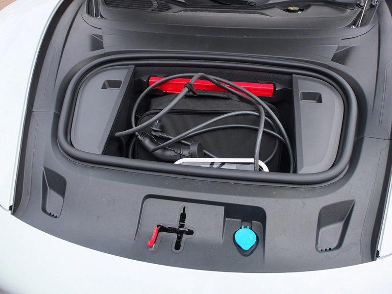 Porsche Taycan - coffre avant