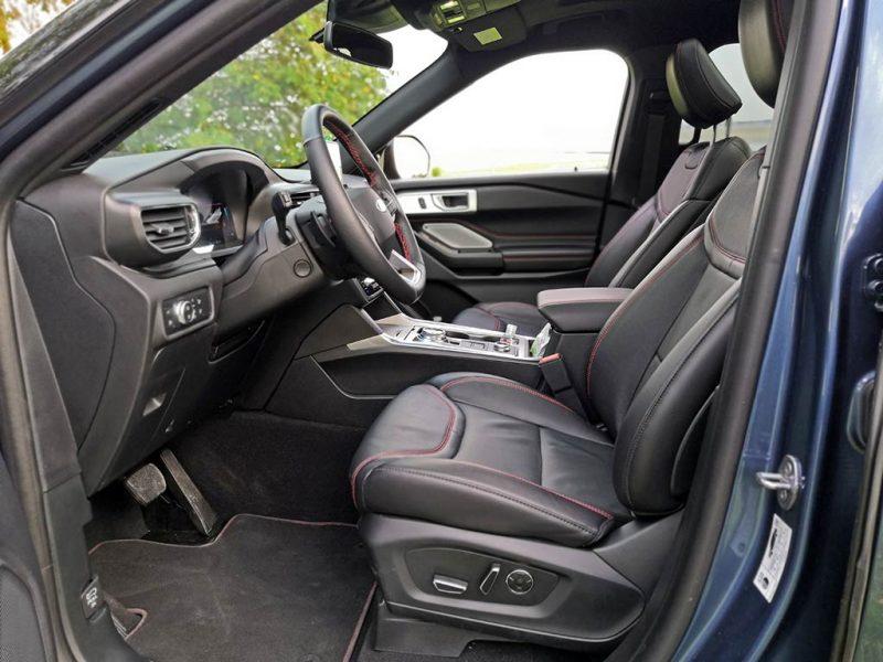 Essai Ford Explorer PHEV - intérieur st-line