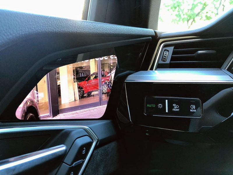 essai audi e-tron sportback 55 quattro retroviseur camera