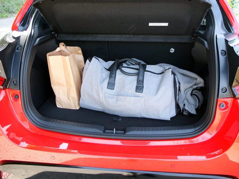 essai Toyota Yaris hybride 2020 - coffre