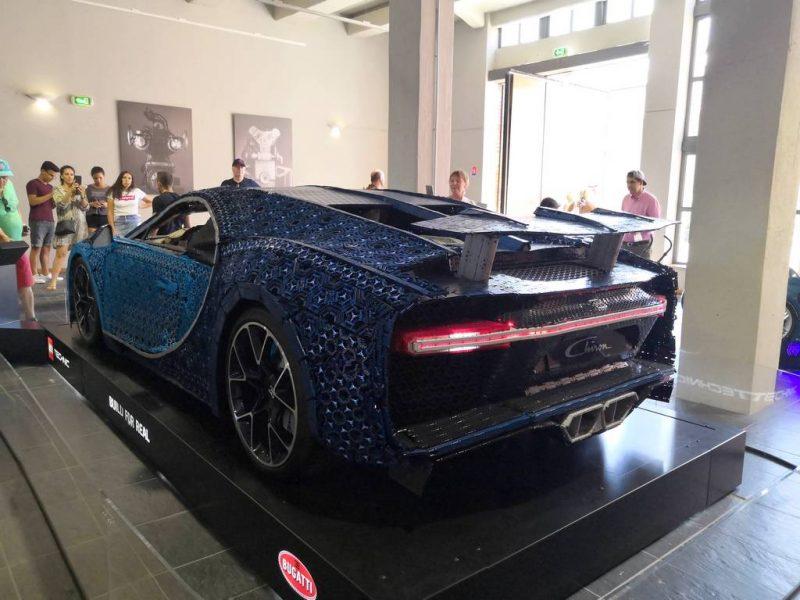 Lego Bugatti Chiron echelle 1