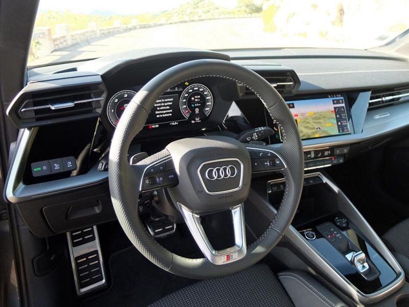 Audi A3 Sportback (2020) - intérieur