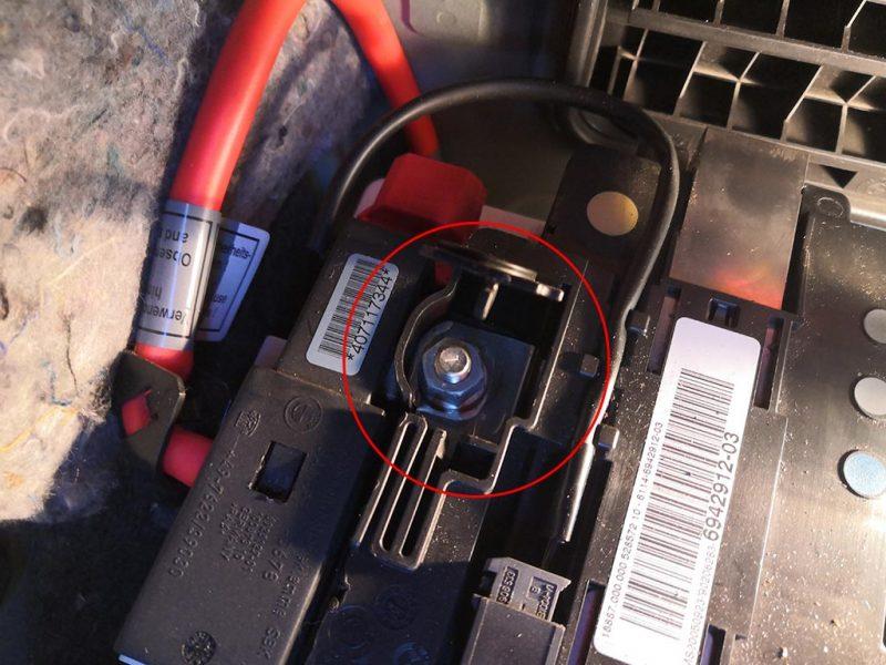 changement batterie bmw etape3