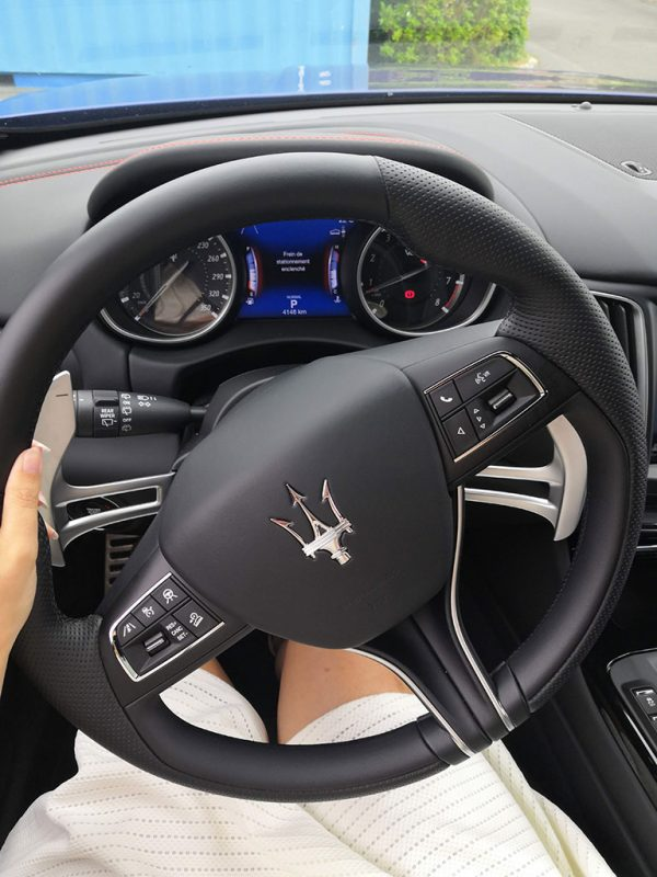 Miss280ch au volant du Maserati Levante GTS